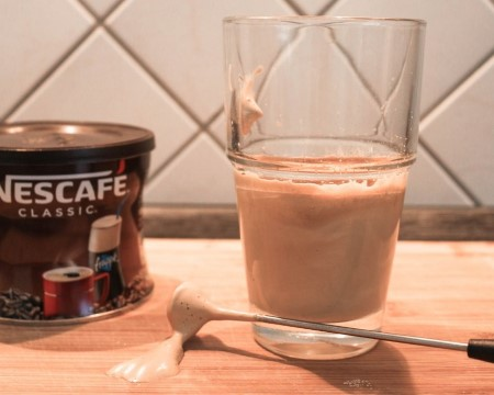Nescafe-Frappe-der-Griechische-Kaffee-Anleitung-zum-Selbermachen