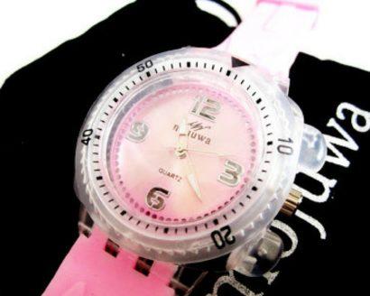 Mojuwa Uhr im Produkttest, Zeit ist Geld und beides ist es nicht wert