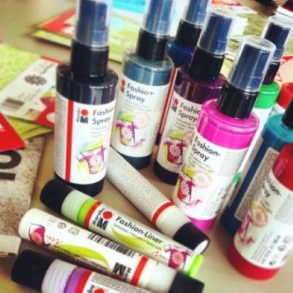 Textilgestaltung mit Marabu Fashion Spray und Fashion Liner