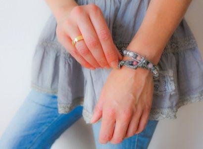 Liebenswerte Kostbarkeiten – Armbänder aus Naturmaterialien