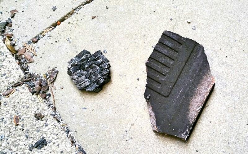 verbrannte-dachziegel