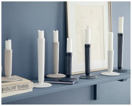 Das I-Tüpfelchen der eleganten Hammershøi-Kerzenhalter sind die charakteristischen Rillen der Hammershøi- Serie von Hans-Christian Bauer.