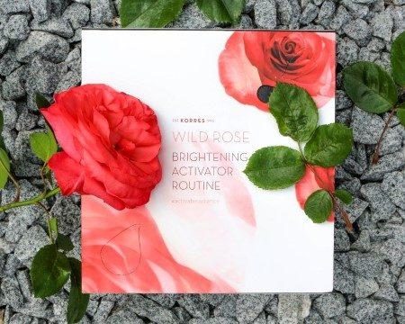 Wie wirken Rosenöl und Rosenwasser auf der Haut?