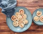 Schnelles Zimtschneckenrezept und skandinavisches Geschirr
