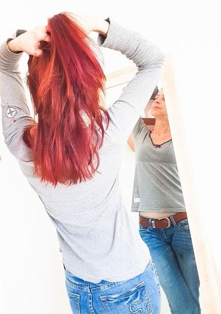 Haarpflege bei trockener Kopfhaut ansehen