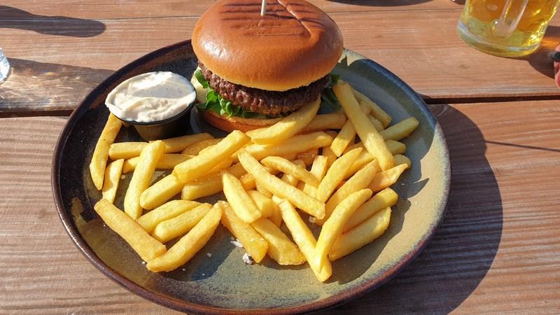 Blavand Biergarten Burger