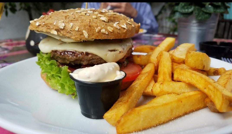 Café Victoria Ringkobing Burger